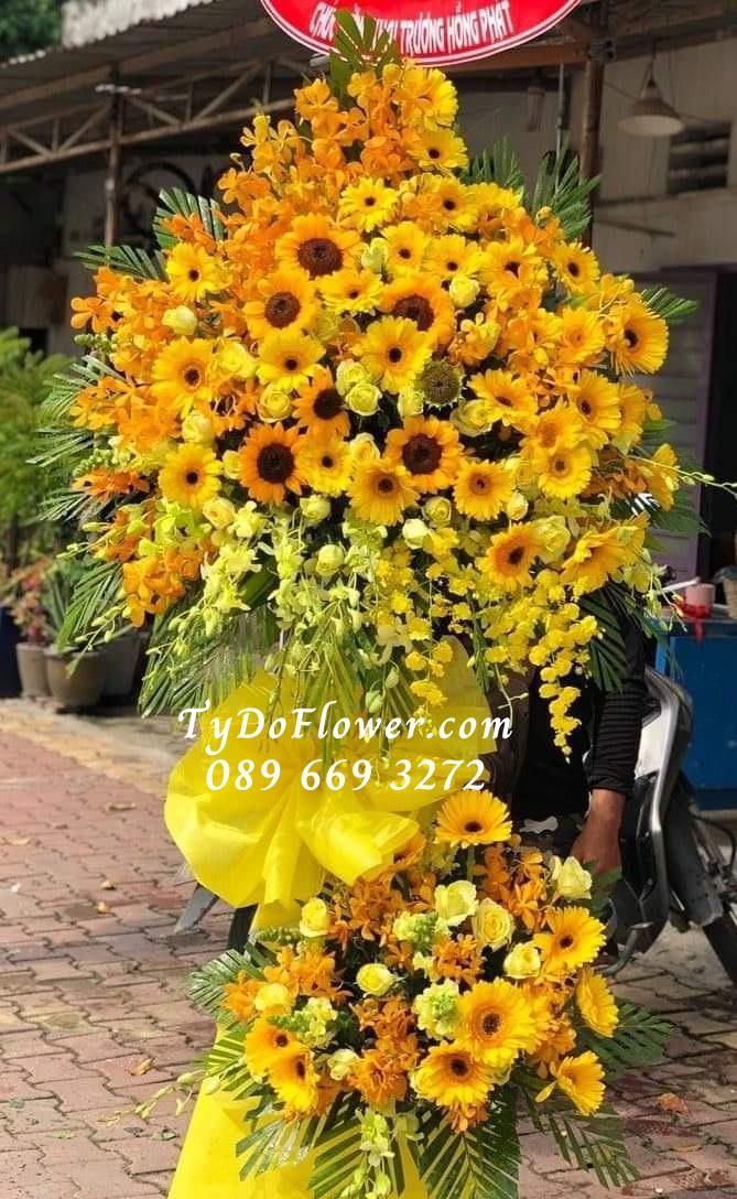 Kệ hoa chúc mừng TyDo Flower
